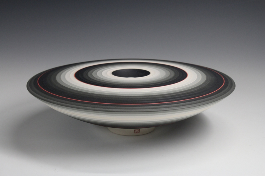 Jin Eui Kim, OPject – Lower form, Earthenware, 1120ºC Wheel-thrown and brushed 18 tones of engobes, D:28cm×H:8 cm, 2016