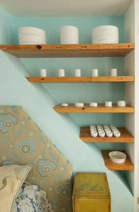 Loft Room Shelves